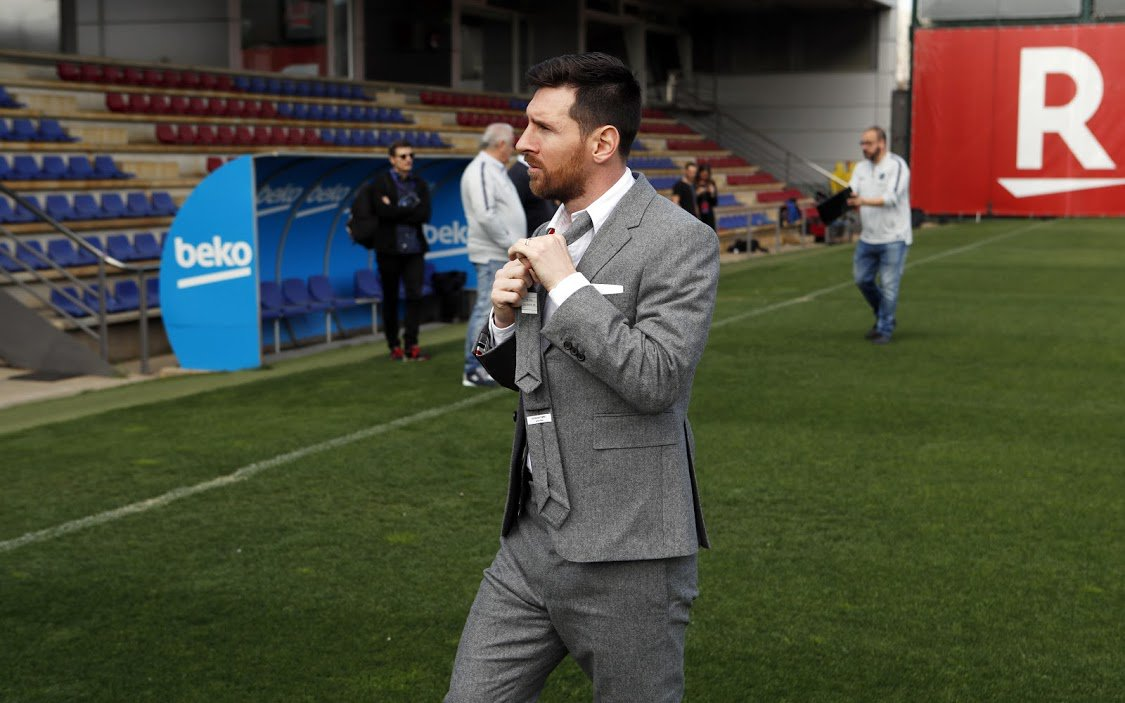 Leo Messi in a suit