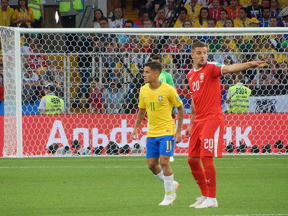 Serbia's Sergej Milinkovic-Savic and Brazil's Philippe Coutinho | Image Courtesy: By Oleg Bkhambri (Voltmetro)